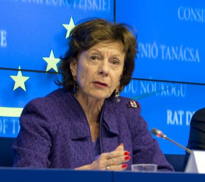Neelie Kroes: Going out with a bang, not a whimper.