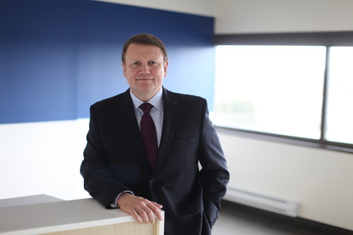 Mitel's Rich McBee: Laughs in the face of the Cisco-Ericsson partnership