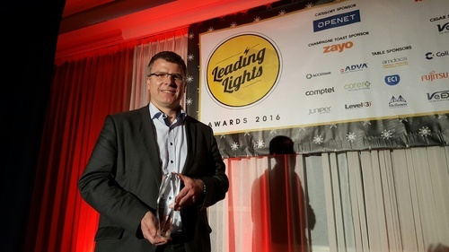 Sven Hischke, managing director of Deutsche Telekom's pan-net project, receives an award at Light Reading's Leading Lights awards in 2016.