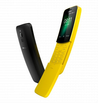 Nokia 8110: Available in black or banana.