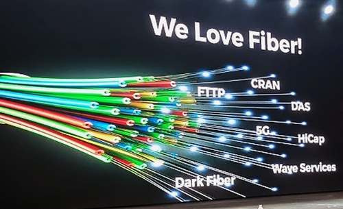 Verizon shared its love of fiber in a presentation at a Calix conference.