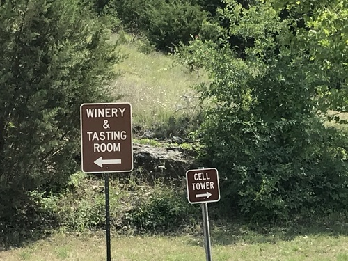 Roz Roseboro, Heavy Reading principal analyst, spotted these signs about 30 miles outside of Austin. She headed for the cell towers, of course. (Of course!)