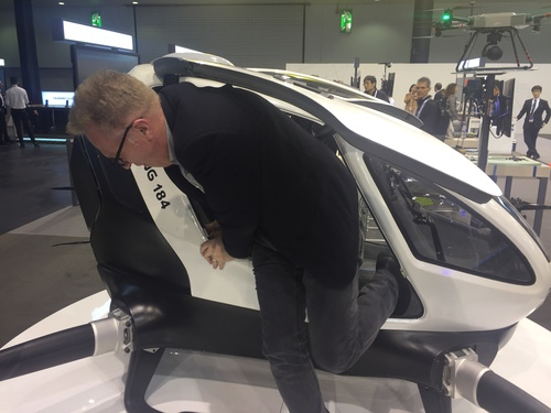 Enjoy your trip? Light Reading's editor-in-chief, Ray Le Maistre, demonstrates how not to exit a flying car.