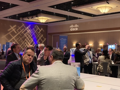 Collaborating old-school at Cisco Partner Summit
