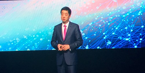 Ken Hu, Huawei's rotating chairman, addresses attendees at the company's Global MBB Forum in London last week.