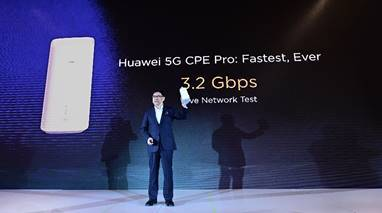Device uses the new 5G modem and WiFi 6. (Source: Huawei)