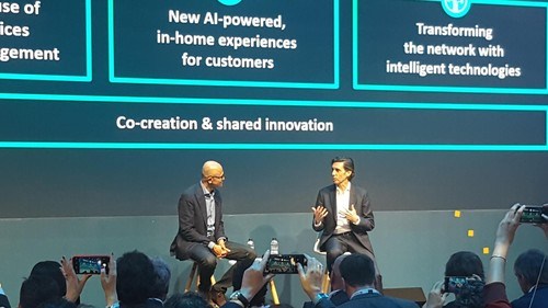 Microsoft CEO Satya Nadella (left) and Telefonica's chairman and CEO, Jose Maria Alvarez-Pallete, chat about being best buddies at their joint MWC19 press event.