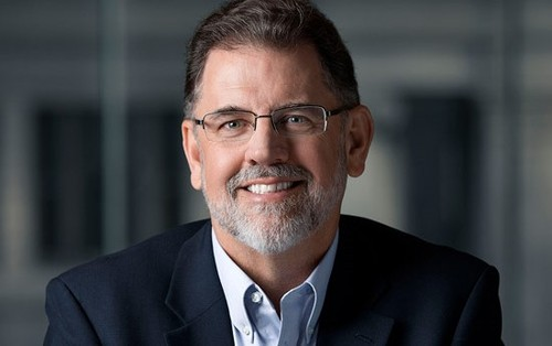 AT&T CFO John Stephens updated on handset trends, 5G insights and virtualization progress.