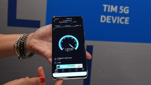 TIM showed speed test results at its 5G services launch presentation.