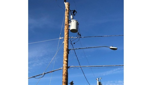 Operators already have unfettered access to electricity distribution poles. (Source: Xcel Energy)