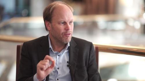 Telia Carrier's chief evangelist Mattias Fridstrom will 'let the transponder vendors fight it out.'