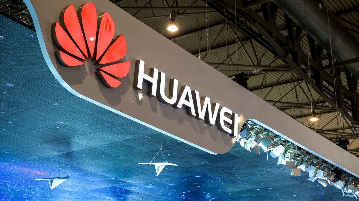 Shop til you drop: Huawei is pushing the blues away with a spot of retail therapy.  (Source: Karlis Dambrans on Flickr CC 2.0)