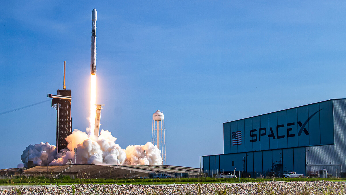 Lift off: Retail investors may be in luck when Starlink finally IPOs – but they'll have to wait.  (Source: SpaceX on Flickr CC 2.0)