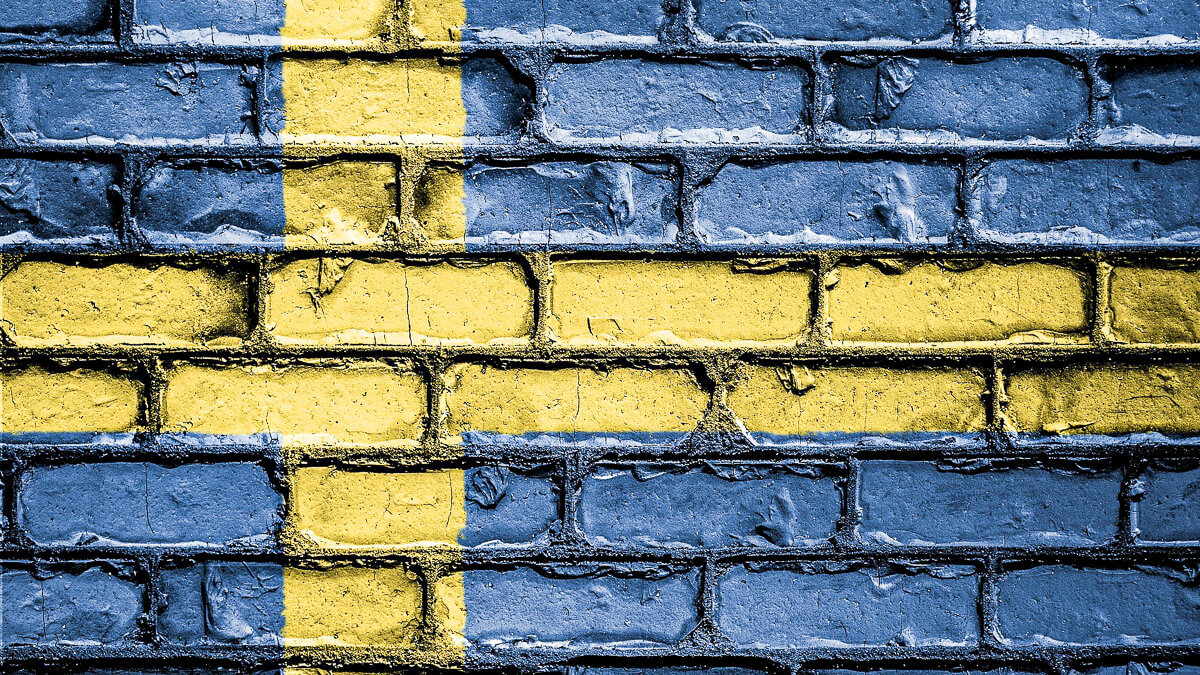 Walled garden: Sweden is the latest country to introduce a ban on Huawei and ZTE products. (Source: David Peterson from Pixabay)