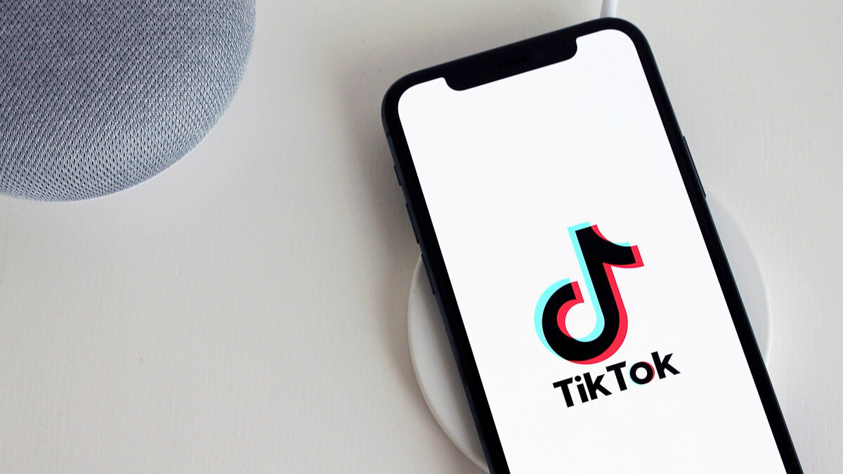 Charging up: The TikTok v Trump battle royale is in no danger of going away before his presidency ends. (Source: antonbe from Pixabay)