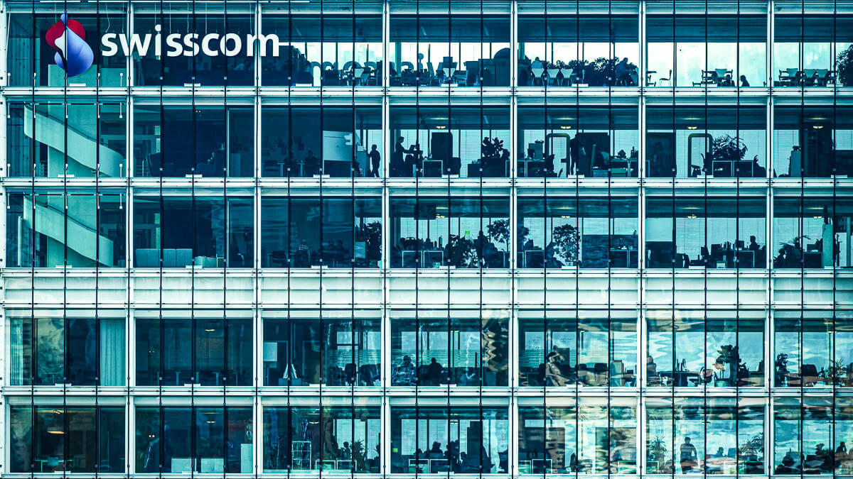 Standing strong: Swisscom has managed to come through 2020 better than expected. (Source: Unsplash)