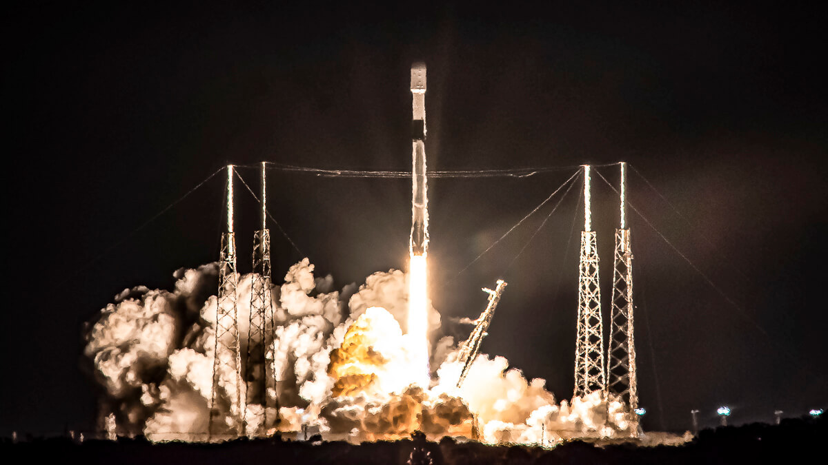 Race for the stars: Starlink – launching above in January 2021 – has helped push SpaceX's valuation into the stratosphere.  (Source:  Official Space X Photos on Flickr CC2.0)