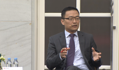 Jason Ding, Huawei's intellectual property chief, reveals its royalty rates in Shanghai.