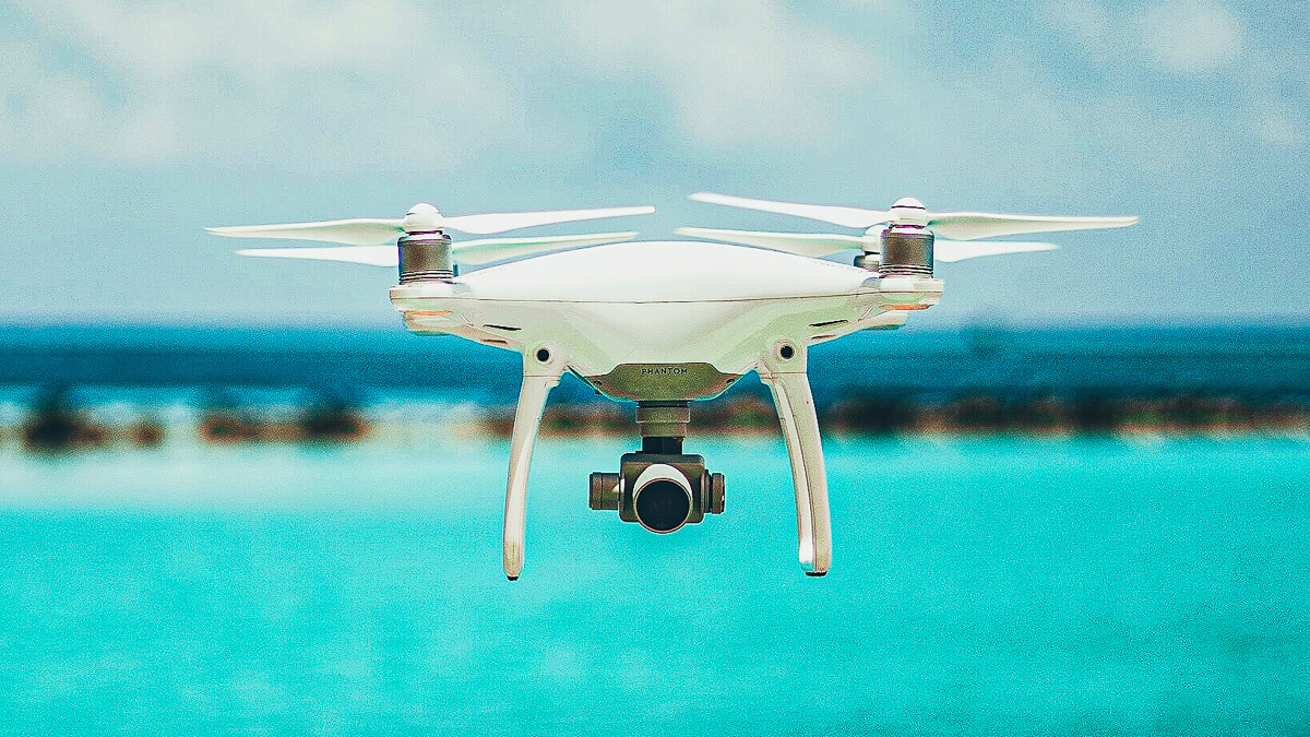 On the edge: Edge computing brings drones and other connected devices closer to the end user, meaning ultra-low latency.  (Source: Saffu on Unsplash)