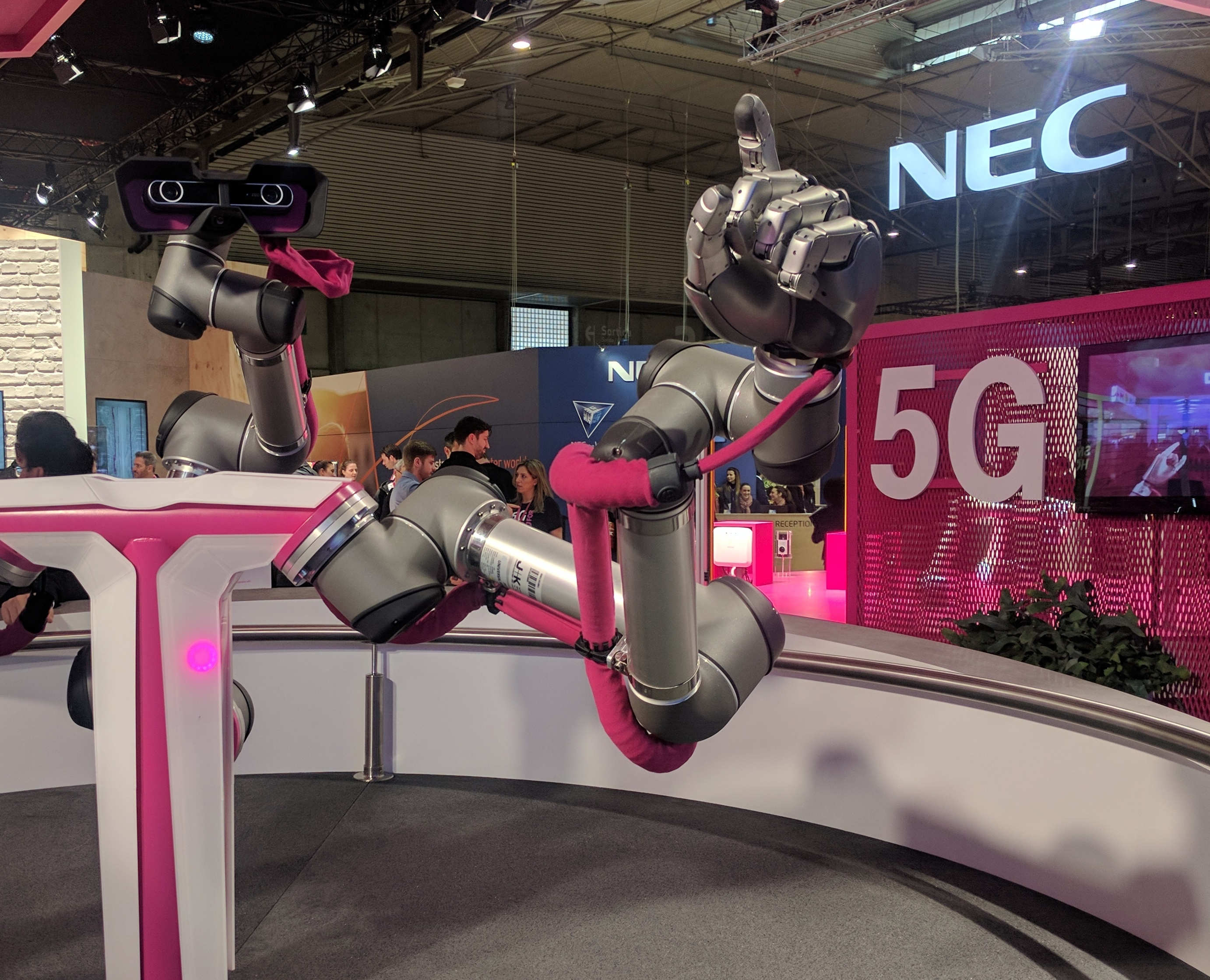 'T-Mobile 5G robot' by robpegoraro is licensed with CC BY-NC-SA 2.0.