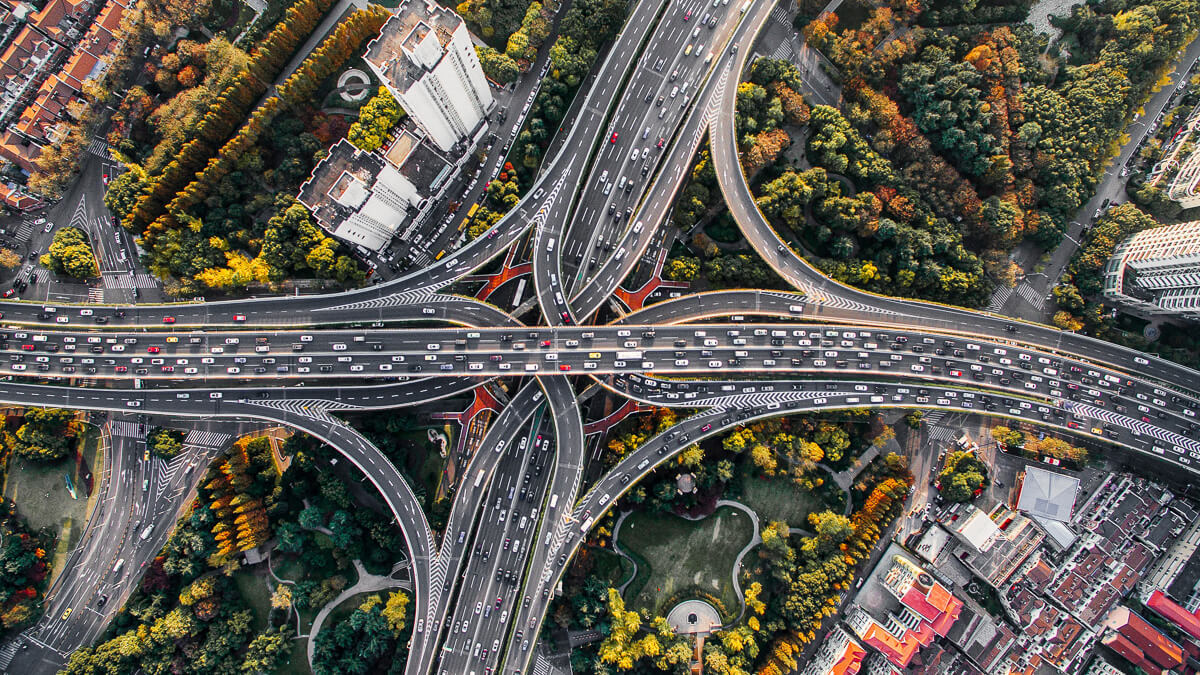 Traffic jam: Huawei says they won't be building their own car - but never say never. (Source: Denys Nevozhai on Unsplash)