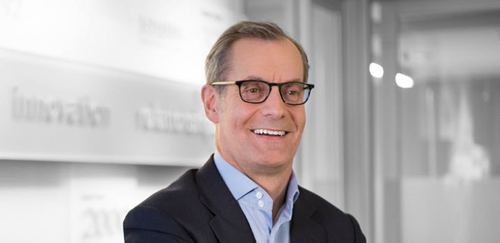 Ciena CEO Gary Smith has reasons to look cheerful.