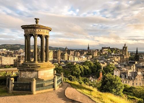 Edinburgh: A staycation favorite that is on Virgin's coverage hitlist   (Source: Kate Bielinski on Unsplash)