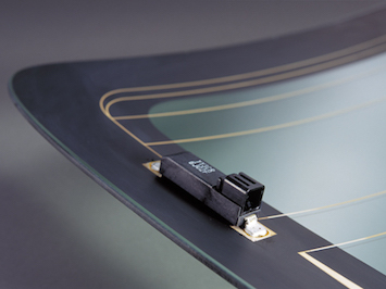 AGC's glass antenna has been tested by Proximus.  (Source: AGC)