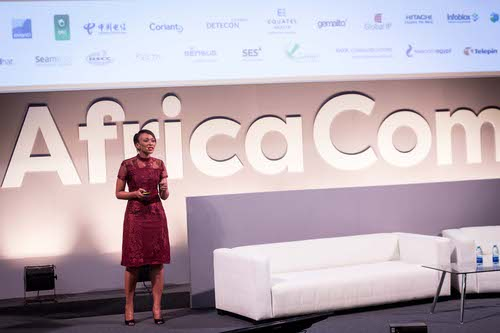 Unathi Mtya, CIO of the Parliament of the Republic of South Africa, delivering her keynote on 'Developing a Winning ICT Strategy for Your Organisation.'