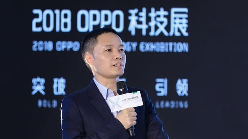 Tony Chen, Founder and CEO of OPPO Global, delivers a speech at the AI session during the 2018 OPPO Technology Exhibition.