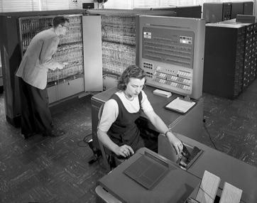 IBM data processing machine, 1957. Photo by NASA (Great Images in NASA Description) [Public domain], via Wikimedia Commons