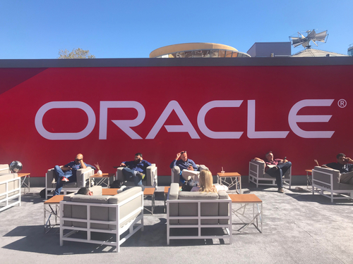 The conference took over all three buildings of San Francisco's Moscone Center. Oracle also took over the street between the two main Moscone buildings, where you can see attendees relaxing and catching up on work.