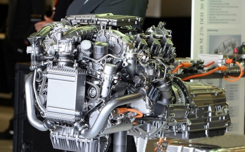 Mercedes 2014 PU106A V6 turbo power unit, giving out 2 megajoules of electrical energy over a race.  Credit: formula1-dictionary.net